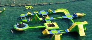 parque-infantil-flotante-playa-llevant-salou-amp